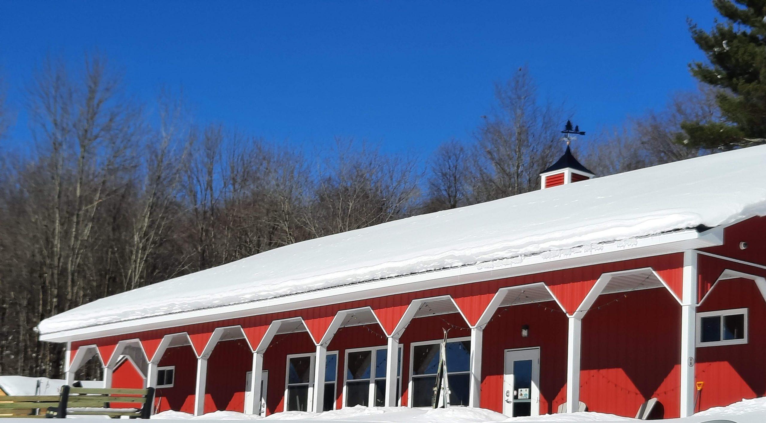 Osceola Ski & Sport Resort: Looking at Porch